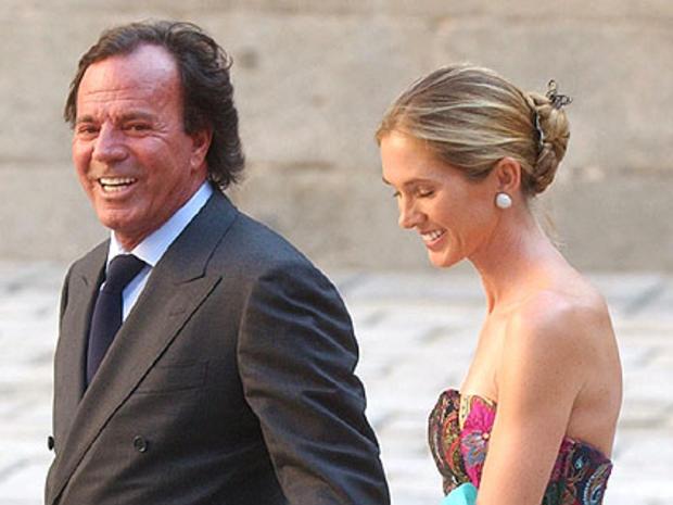 Julio Iglesias Secretly Marries Dutch Model Miranda Rijnsburger