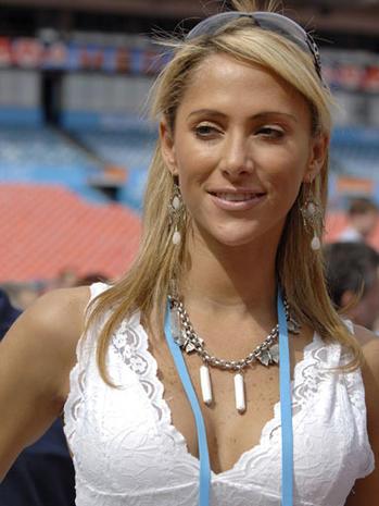 Ines Sainz: NFL Investigates Jets