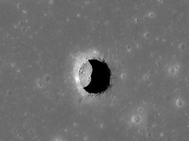 Moon Photos Shot from the Reconnaissance Orbiter