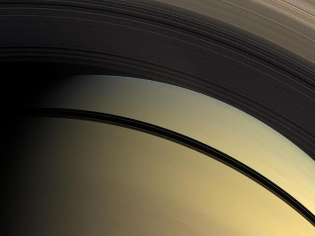 NASA's 30-Year Saturn Odyssey (Pictures)