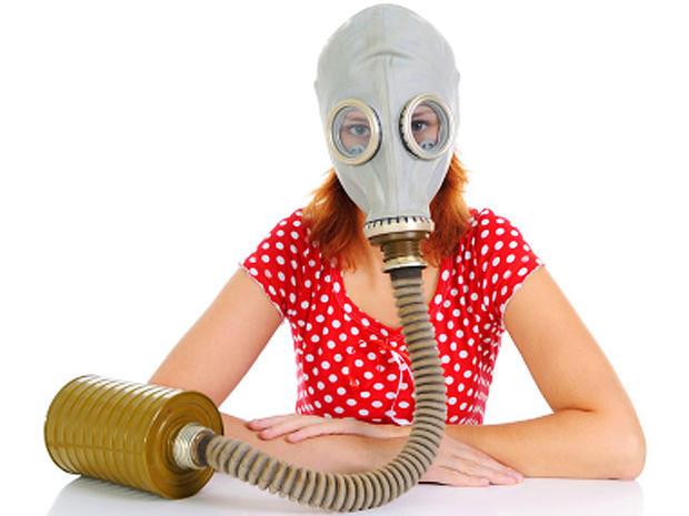 gas mask, woman, istockphoto, 4x3