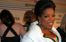 Oprah, McCartney Light Up Kennedy Center Honors Red Carpet