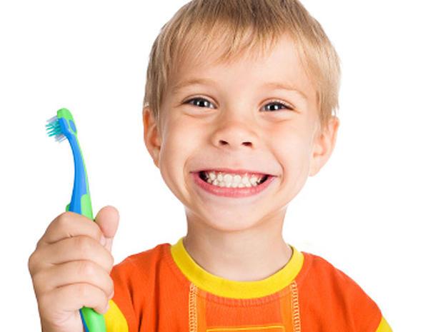 toothbrush-000011089444XSma.jpg