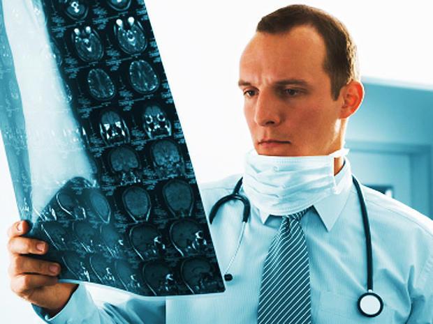 stroke, doctor, brain, scan, istockphoto, 4x3