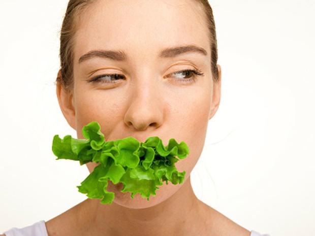 eat-lettuce-face-0000131058.jpg
