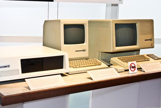 AppleHistory01.jpg