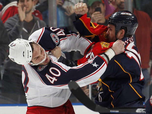 sports_nhl_fights_108181111.jpg