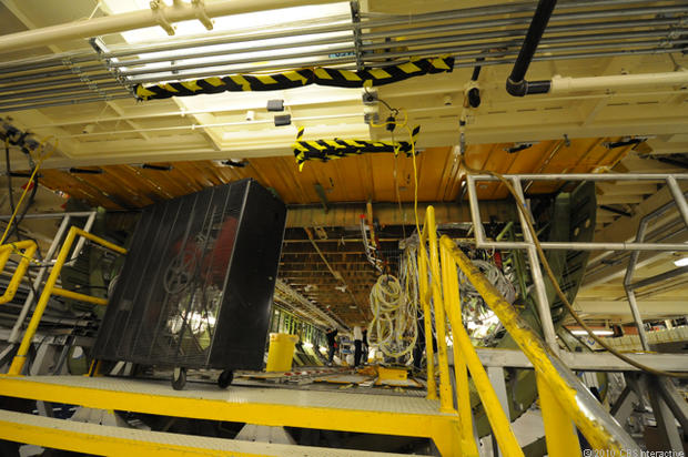 Wiring underneath 747-8 Intercontinental - Where Boeing's ... on