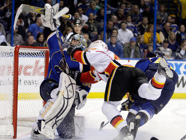 sports_nhl_blues_flames_ap110301166259.jpg