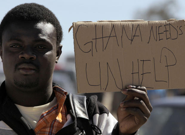 Refugees flee Libya