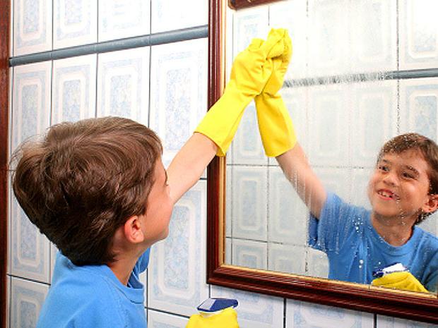 cleaning_boy_iStock_0000150.jpg
