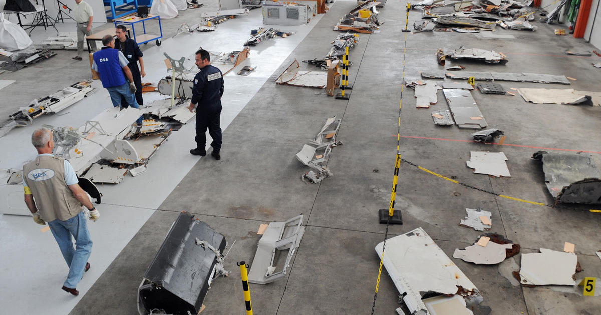 bits of air france flight 447 found in atlantic cbs news. Black Bedroom Furniture Sets. Home Design Ideas
