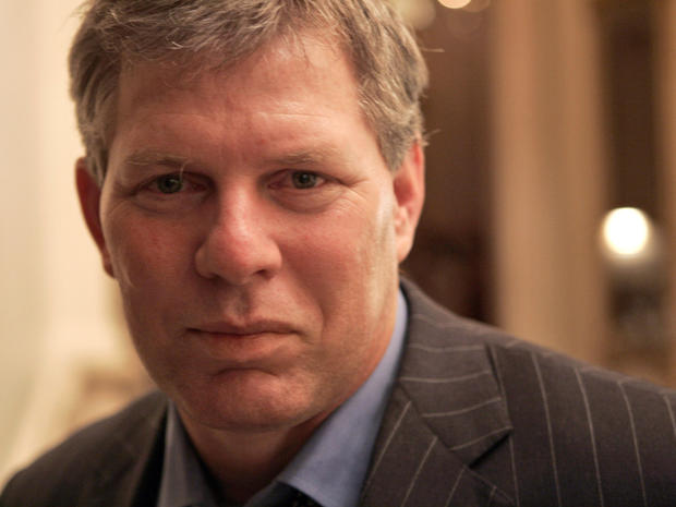 Lenny Dykstra charged for allegedly exposing himself to women on Craigslist