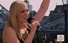 """Natasha Bedingfield performs """"Weightless"""""""