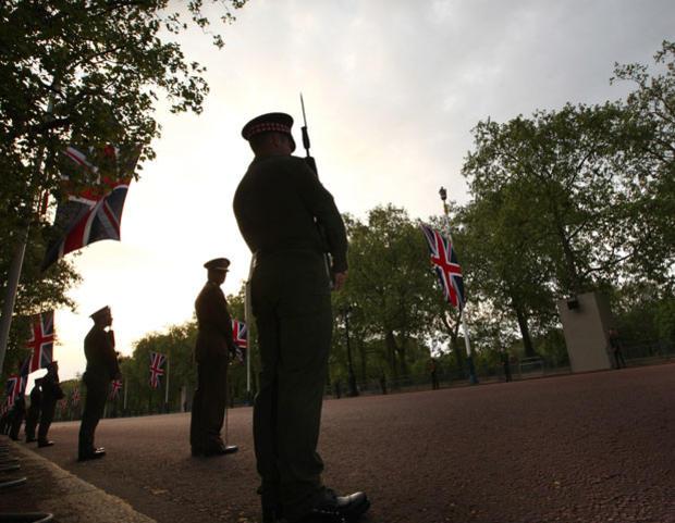 015-scots-guards.jpg