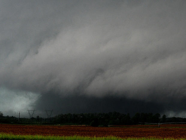 southern_storms_AP110427156853.jpg