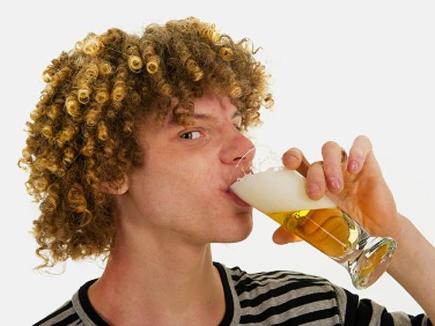teen-drinking-000016218323X.jpg