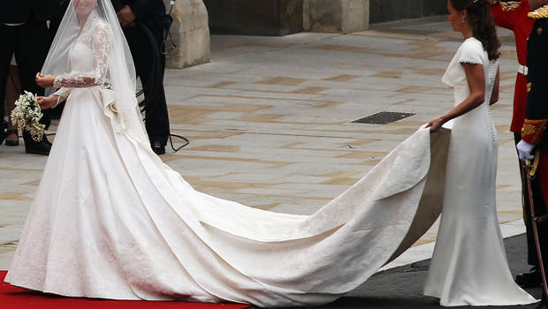 Kate middletons wedding dress by sarah burton for alexander kate middletons wedding dress by sarah burton for alexander mcqueen cbs news junglespirit Image collections