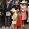 royalwedding_queen_exit_AP110429133587.JPG