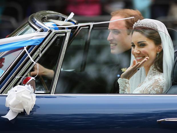 Prince William, Duke of Cambridge and Catherine, Duchess of Cambridge drive from Buckingham Palace
