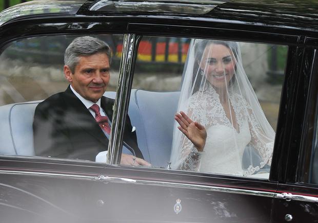 katemiddleton-weddingdress-getty-113264700_10.jpg