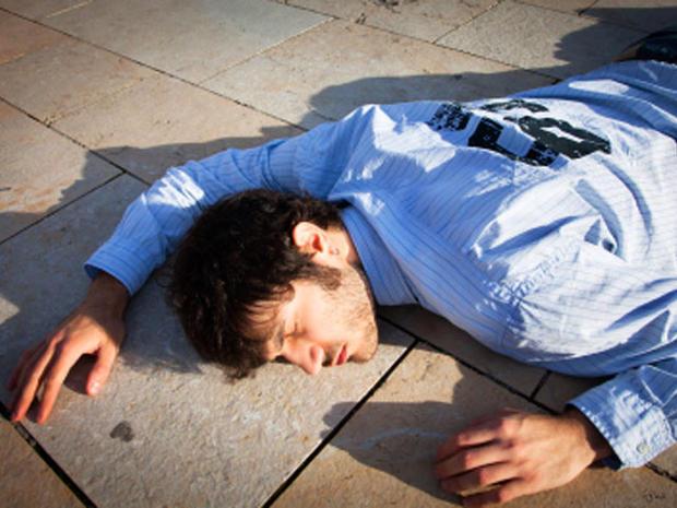 fainted-man_1.jpg