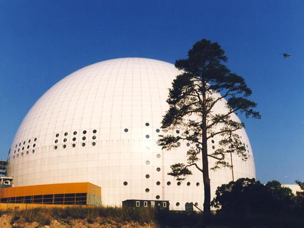 Ericsson_Globe_Wikimedia_user_Holger_Ellgaard.jpg