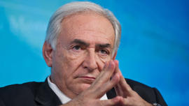 """Case against Dominique Strauss-Kahn """"on verge of collapse"""" over credibility of accuser, report says"""