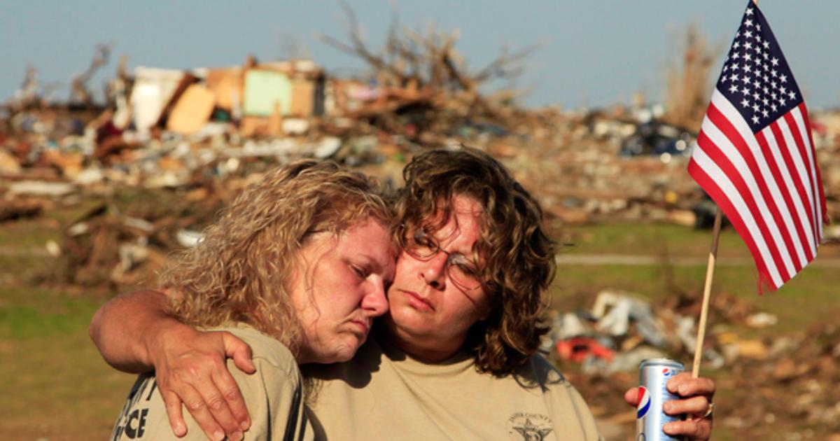 Joplin tornado aftermath - Photo 1 - Pictures - CBS News