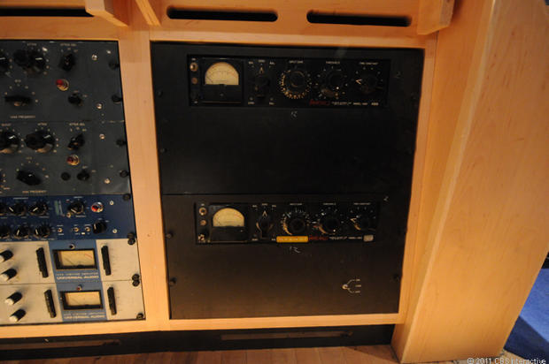 Fairchild_660_valve_compressor_DT.jpg