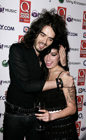 Celebs mourn Amy Winehouse