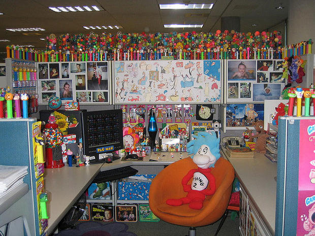 its christmas time 25 cubicles cooler than yours pictures cbs news
