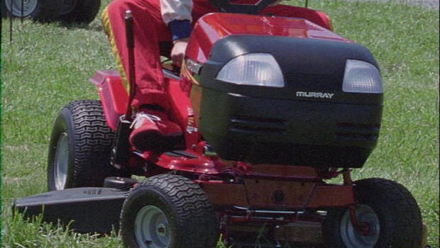 Man On Tractor Lawn Enforcment : Pa man charged with drunk driving on his lawn tractor