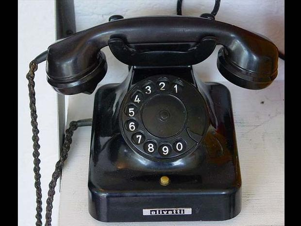 Touch-tone phone - 1980s - The evolution of telephones - Pictures