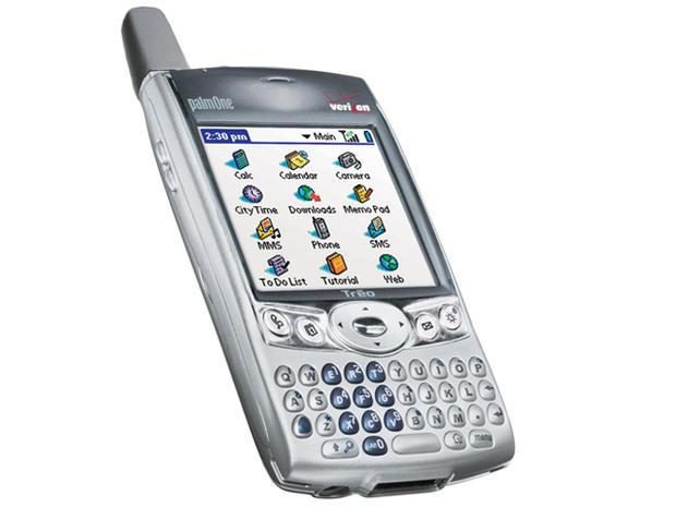 palm treo 600 2003 the evolution of telephones pictures cbs news rh cbsnews com Palm Treo Charger Palm Treo 800