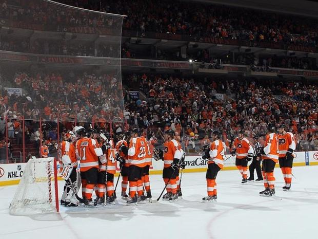 PHILADELPHIA, PA - OCTOBER 12: The Philadelphia Flyers celebrate their 5-4 victory over the Vancouver Canucks at the Wells Fargo Center on October 12, 2011 in Philadelphia, Pennsylvania. (Photo by Bruce Bennett/Getty Images)