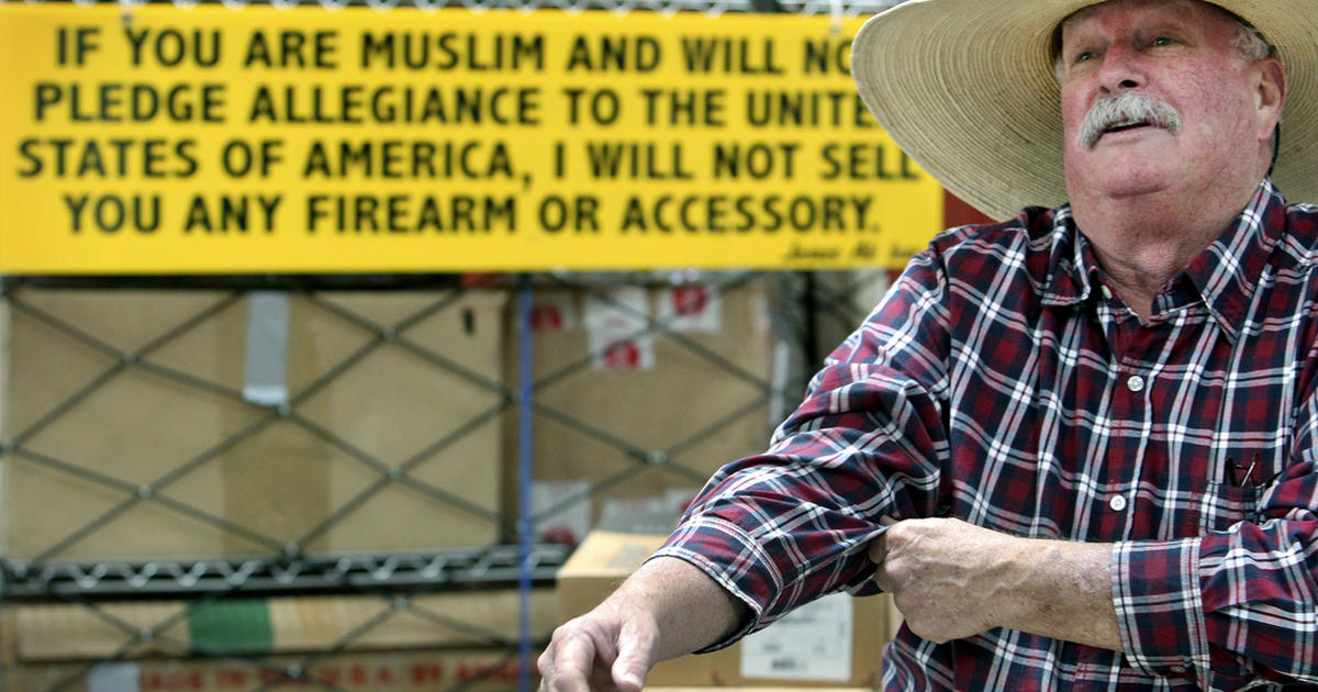 crockett muslim Crockett  @wisconsingodspl  hey, by the way, a group of muslims set up a compound in an american state where they trained a bunch of kids to carry out school .