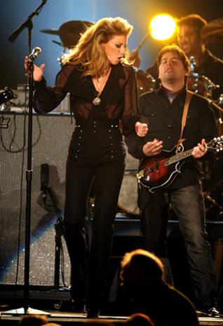 2011 CMA Award highlights