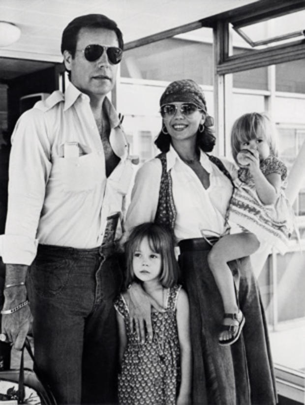 Natalie Wood, Robert wagner and children on July 4, 1976