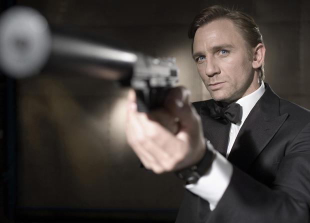 spies_casinoroyale.jpg