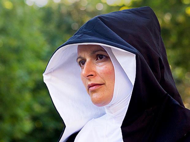 nun, stock, 4x3, catholic, praying, prayer, concerned
