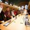 12_apple_store_grand_central_december9opening_cnet.jpg