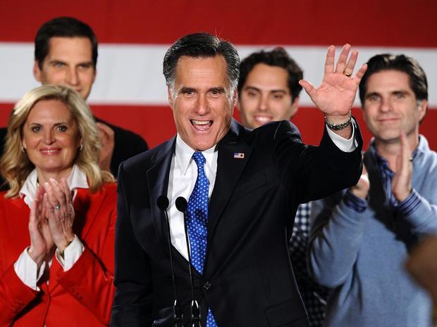 Romney congratulates Santorum, Paul
