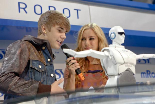 Justin-Bieber-CES-7562.jpg