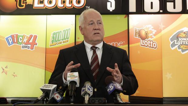 Iowa officials demand lottery winner step forward