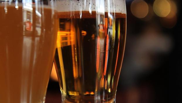 Beer titans revamp light brew image amid slump - CBS News