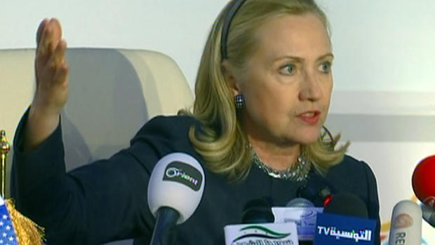 Sec. Clinton turns up heat on Syrian crisis