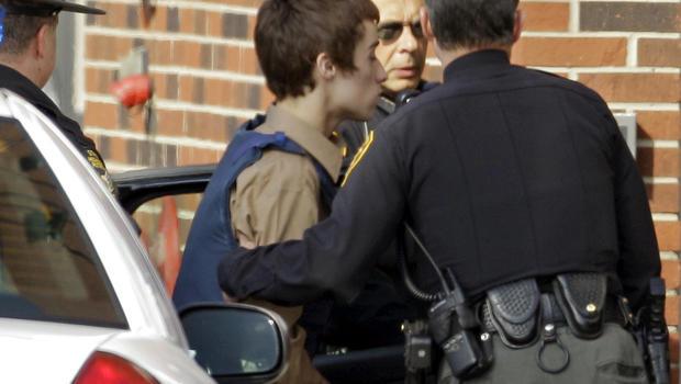 TJ Lane being taken into juvenile court by Geauga County deputies in Chardon, Ohio, Tuesday