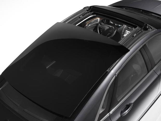 Lincoln MKZ retractable roof