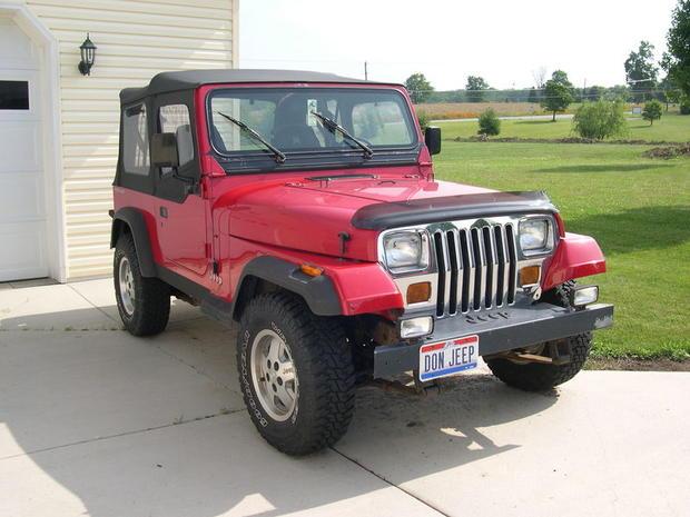 800px-1992_Jeep_YJ.JPG